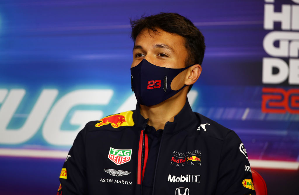 Suena en Red Bull, pero Haas se quedó sin pilotos: El nuevo panorama de Checo Pérez en Fórmula 1