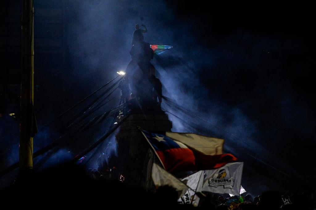 chile-plebiscito-constitucion-apruebo-celebracion