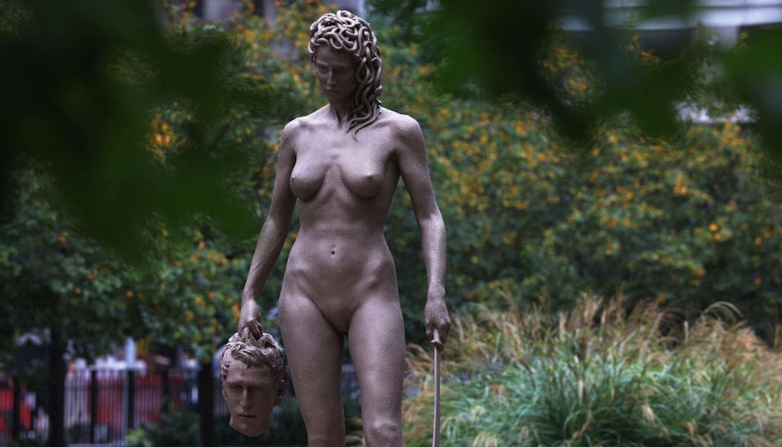 medusa-escultura-nueva-york