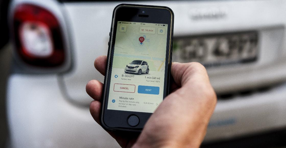 Usuaria pide auxilio a través de app y es ayudada por los conductores