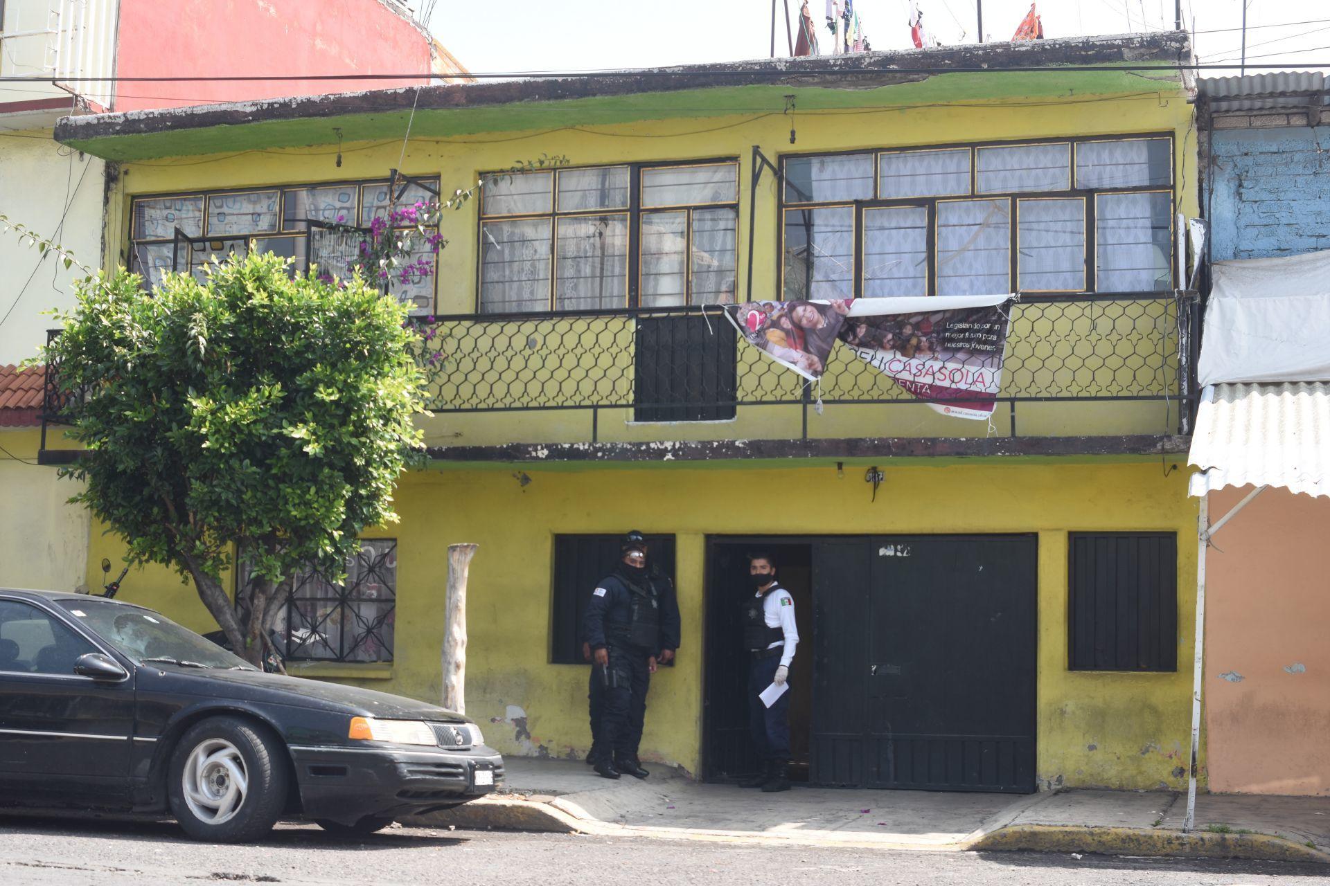 Un niño de un año fue reportado muerto en la colonia Agua Azul, su madre, también menor de edad, fue detenida.