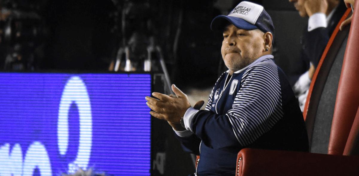 Médico de Diego Maradona explicó por qué no ha sido dado de alta