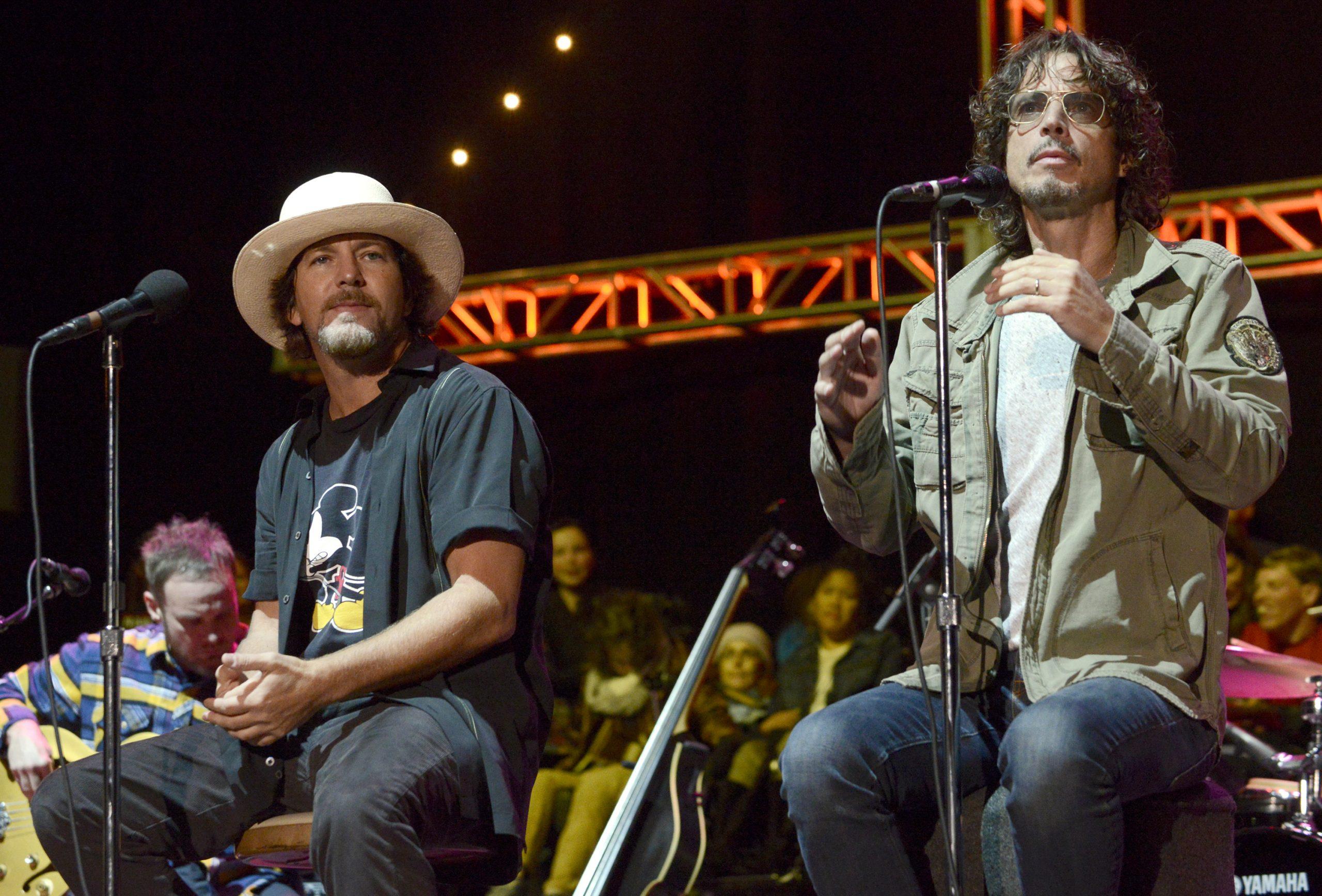 """""""Todavía no lo he superado"""": Eddie Vedder habla sobre la muerte de Chris Cornell"""