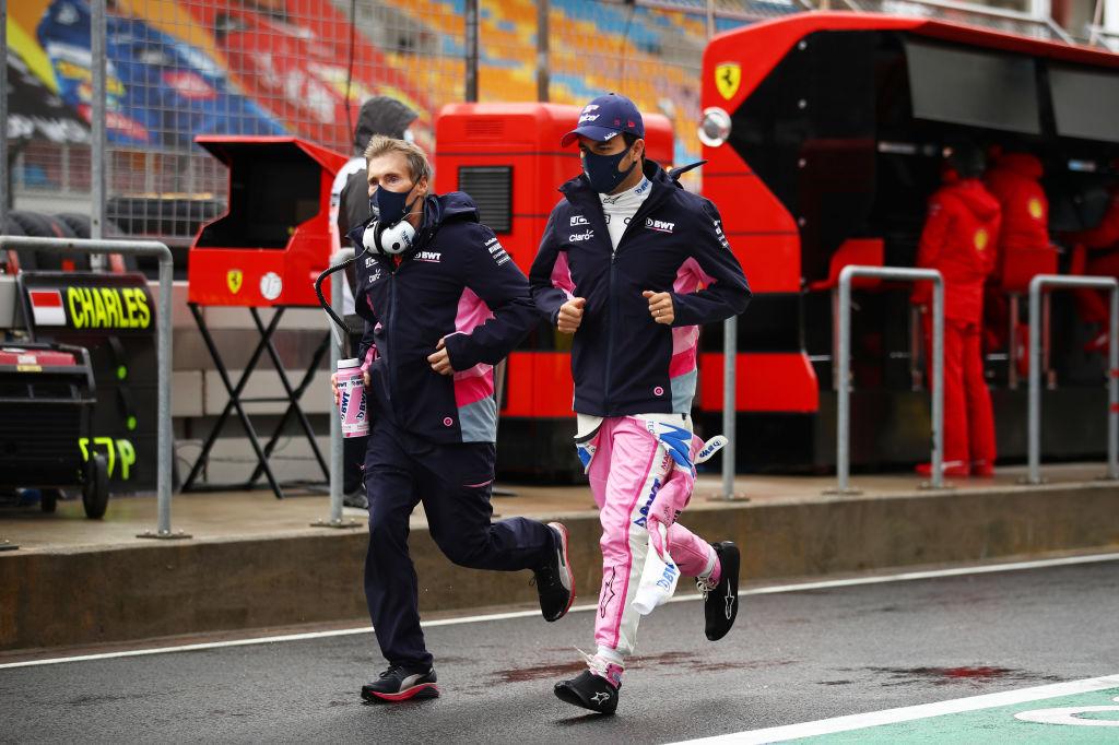 ¡Cierre dramático con Vettel! Checo Pérez conquista al fin el podio, en el Gran Premio de Turquía