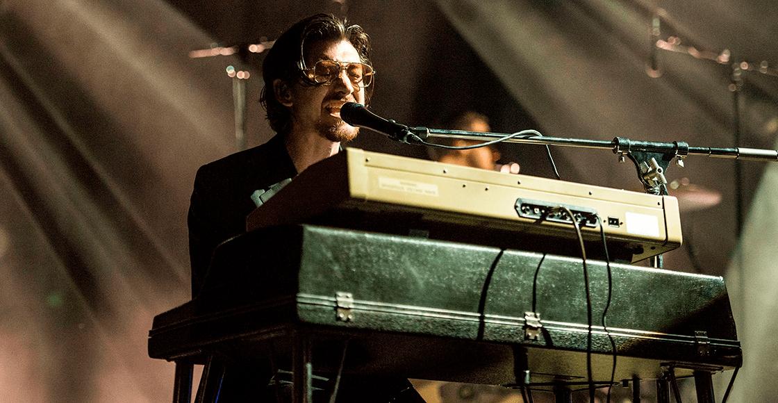 """Arctic Monkeys comparte la versión de """"505"""" desde el Royal Albert Hall"""