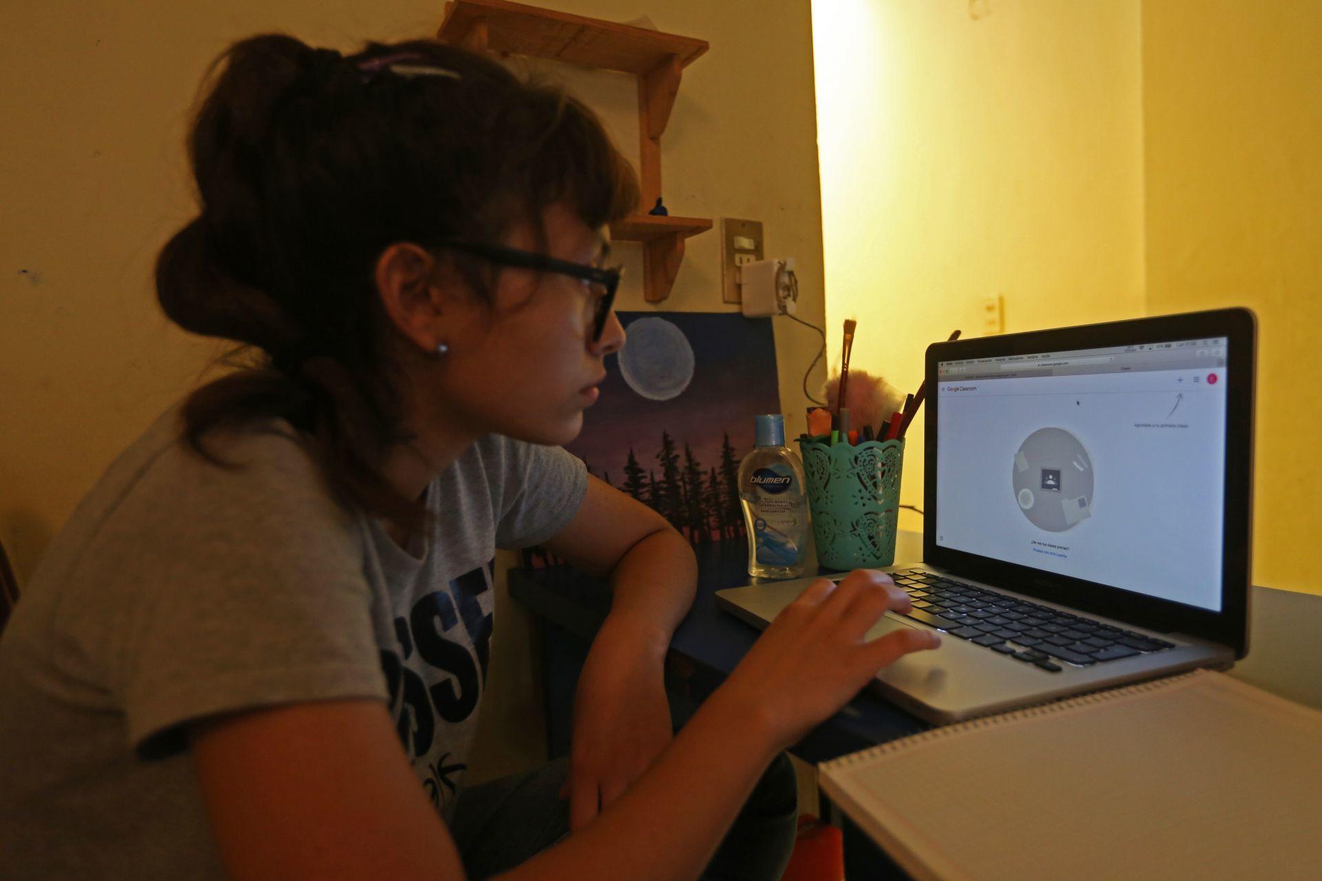 ¡Ese apoyo sí se ve!IPN dará apoyo mensual a alumnos que no tengan internet en casa