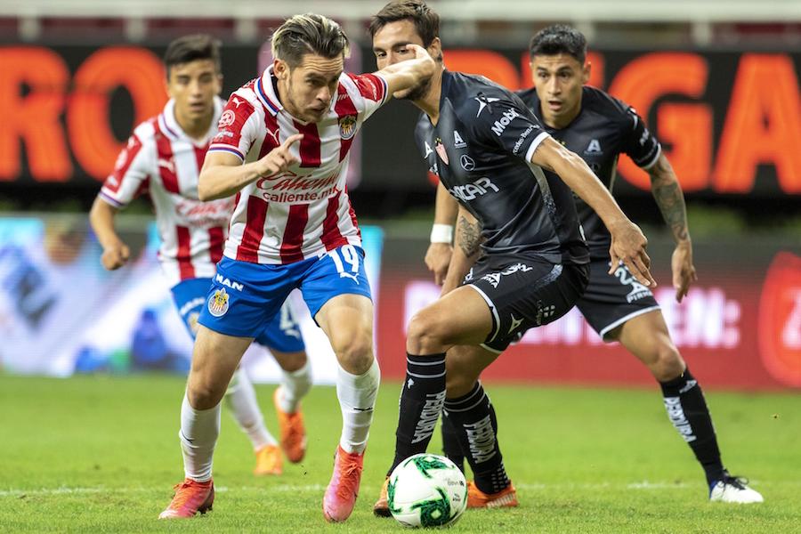 ¡Extra, extra, las Chivas vuelven a la Liguilla después de siete torneos