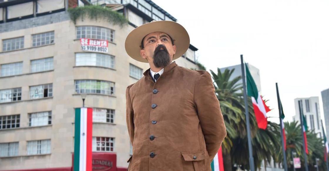 cubrebocas-bigote-revolucion-evento-fotos-amlo-4T-02