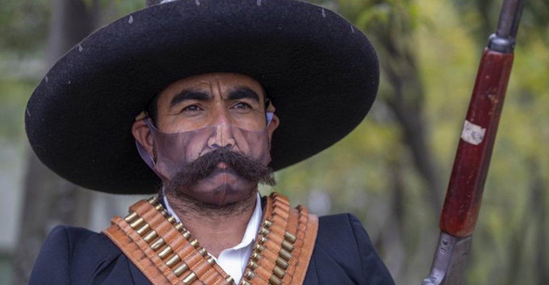 cubrebocas-bigote-revolucion-evento-fotos-amlo-4T-05