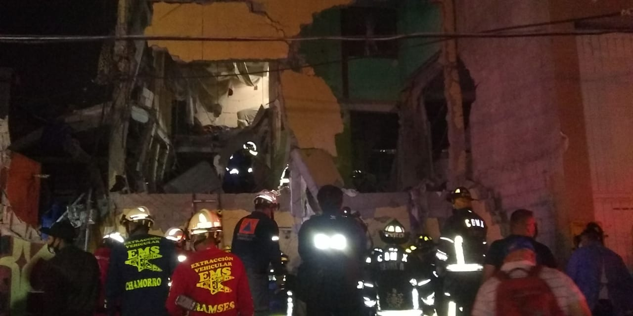 Explosión de gas destruye vivienda en la colonia Morelos y deja dos muertos