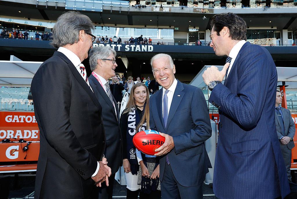 Joe Biden y su afición deportiva por la NFL y los Philadelphia Eagles
