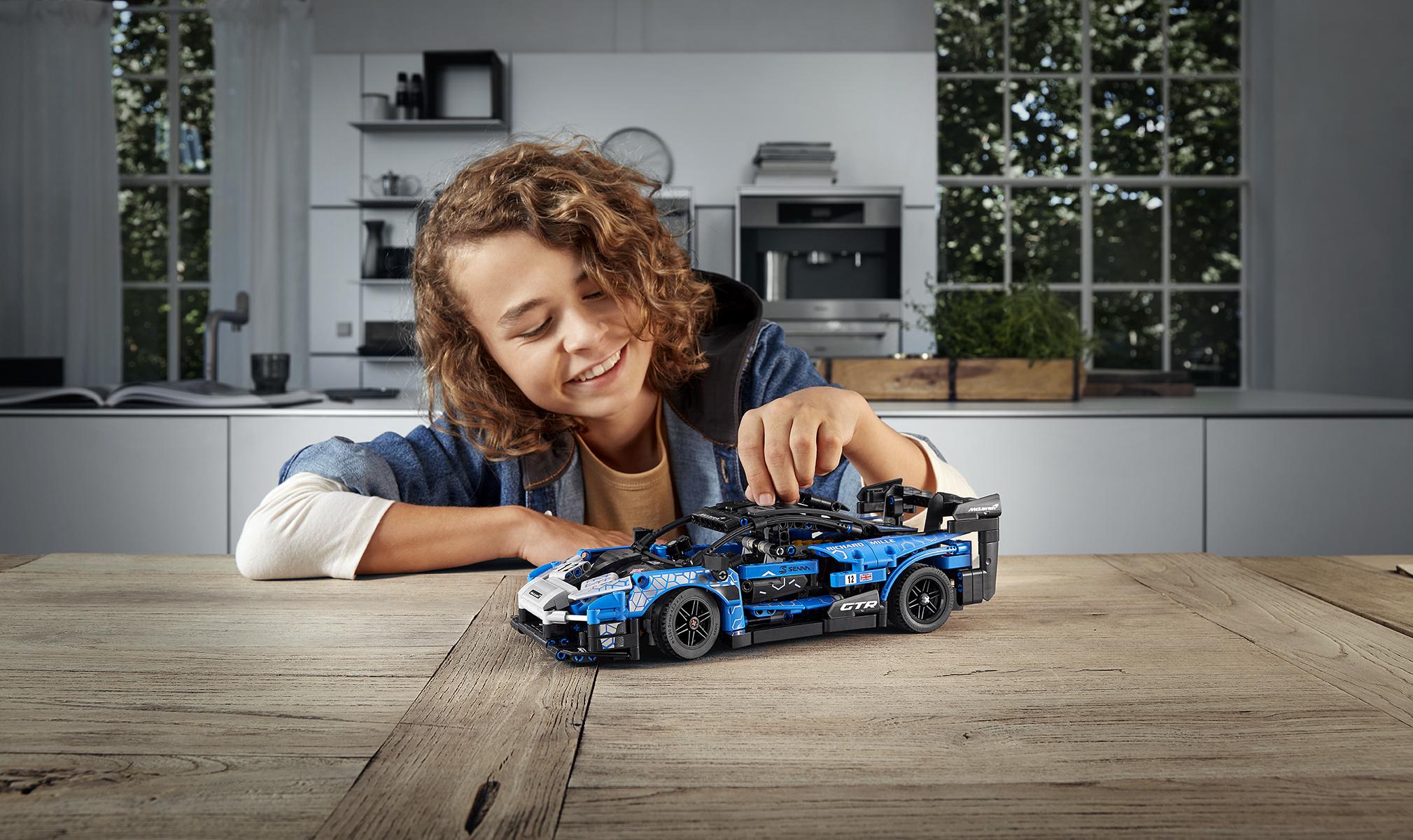Para los niños grandes: LEGO lanza un nuevo y extraordinario set con McLaren