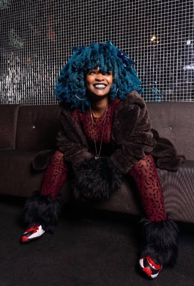 Moonchild Sanelly: La voz femenina del rap sudafricano que está conquistando al mundo