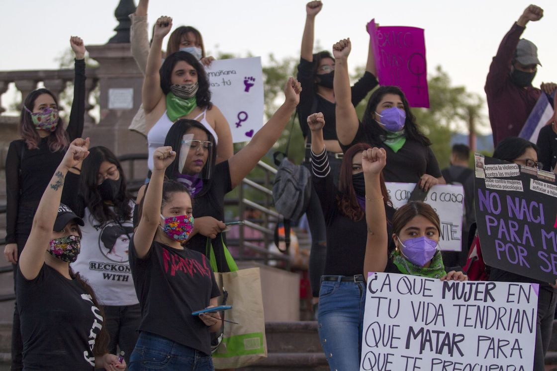 mujeres-protesta-contra-feminicidios