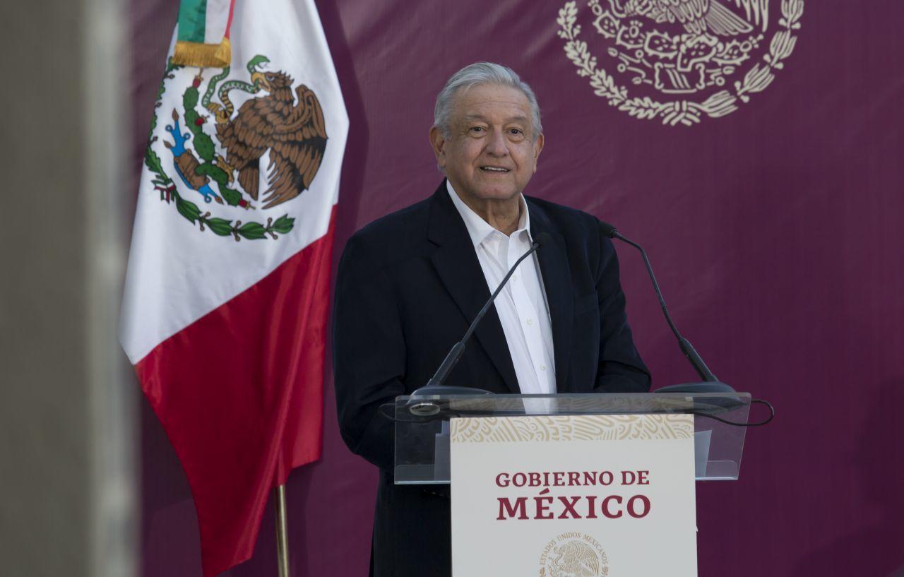 """Pemex admite que """"invita"""" a sus trabajadores a donar voluntariamente salario y aguinaldos"""