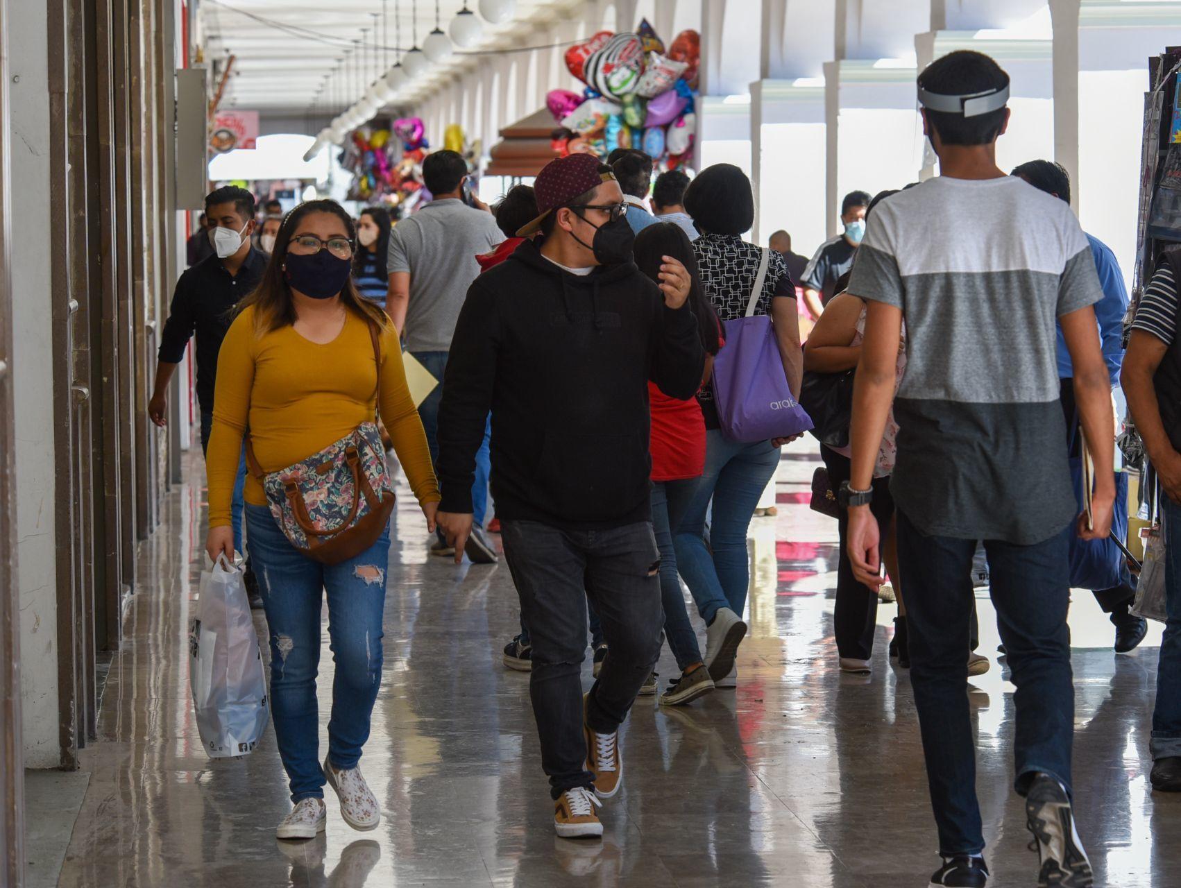 """""""Son el Grinch que arruinó la Navidad"""": El regaño de una conductora de TV en Monterrey se hace viral"""