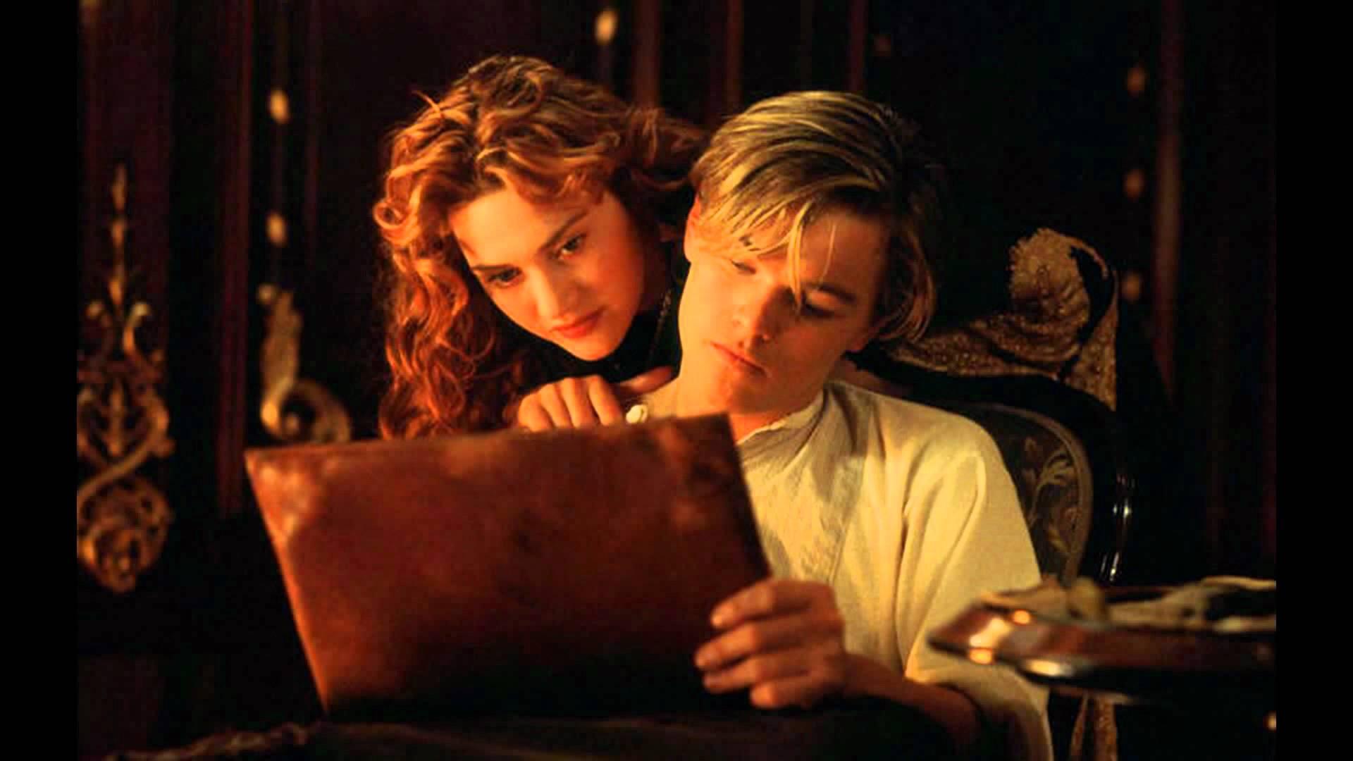 Pareja se ahoga durante sesión de fotos por intentar recrear una escena de Titanic
