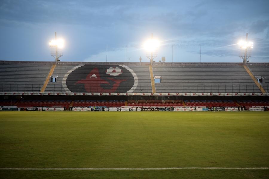 ¿Vuelve el Tiburón? Gobierno rescata estadio, nombre y escudo del Veracruz de Fidel Kuri
