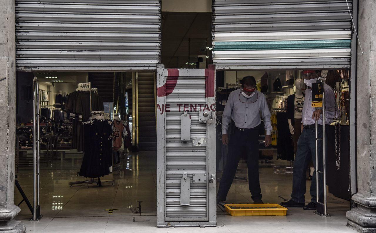 Comercios del Centro Histórico cerrarán a las 5 de la tarde por Alerta de COVID-19 en CDMX