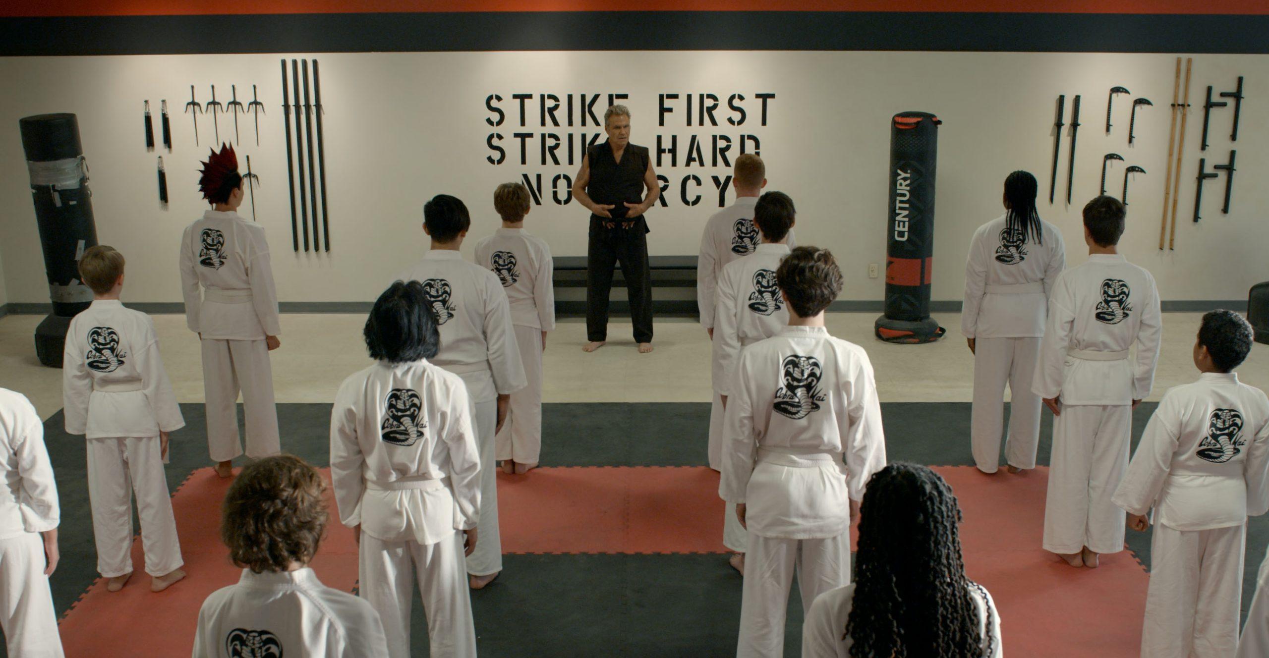 Checa las primeras imágenes de la tercera temporada de 'Cobra Kai' de Netflix