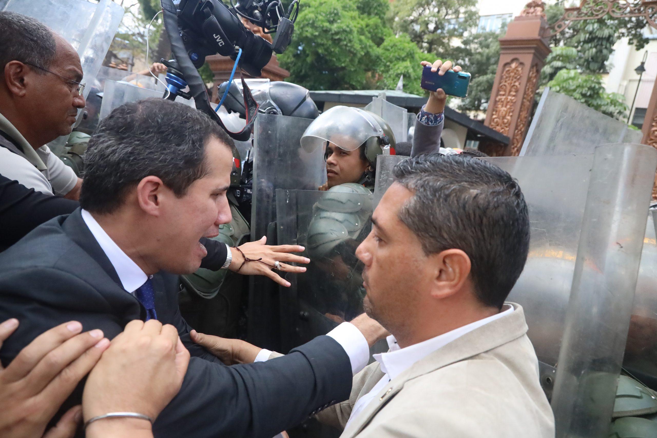 Elecciones en Venezuela 2020: Entre acusaciones de fraude, rechazo internacional y sin oposición
