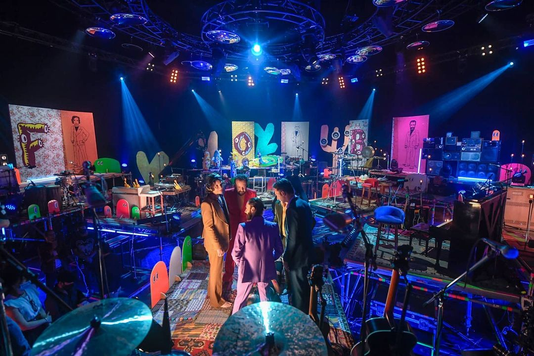 Check out the behind-the-scenes look at Fobia's MTV Unplugged!