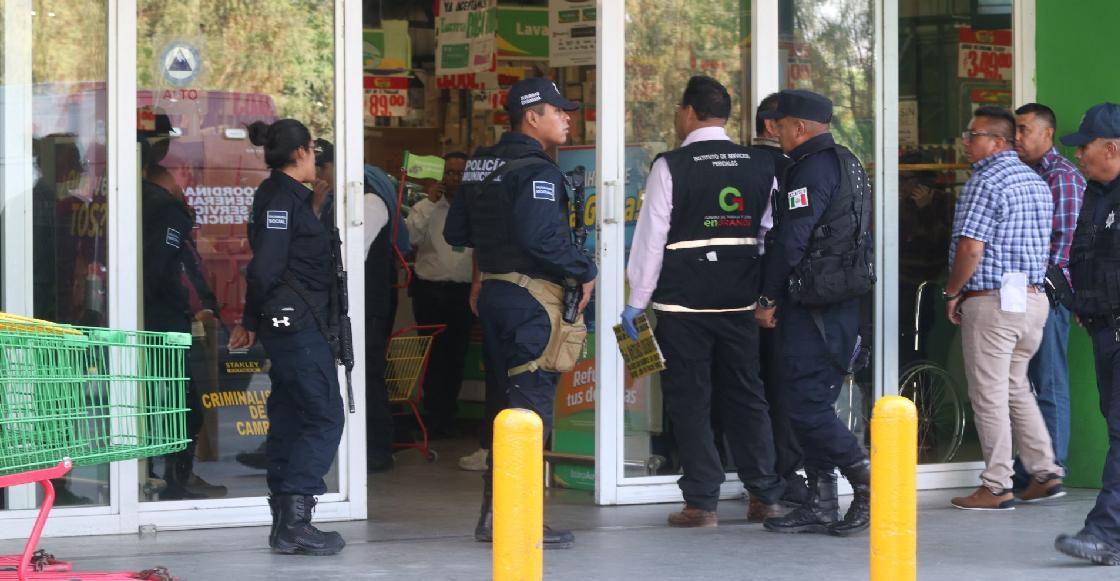 Guardias de seguridad agreden a una mujer y a su hijo de 10 años en Tlalnepantla