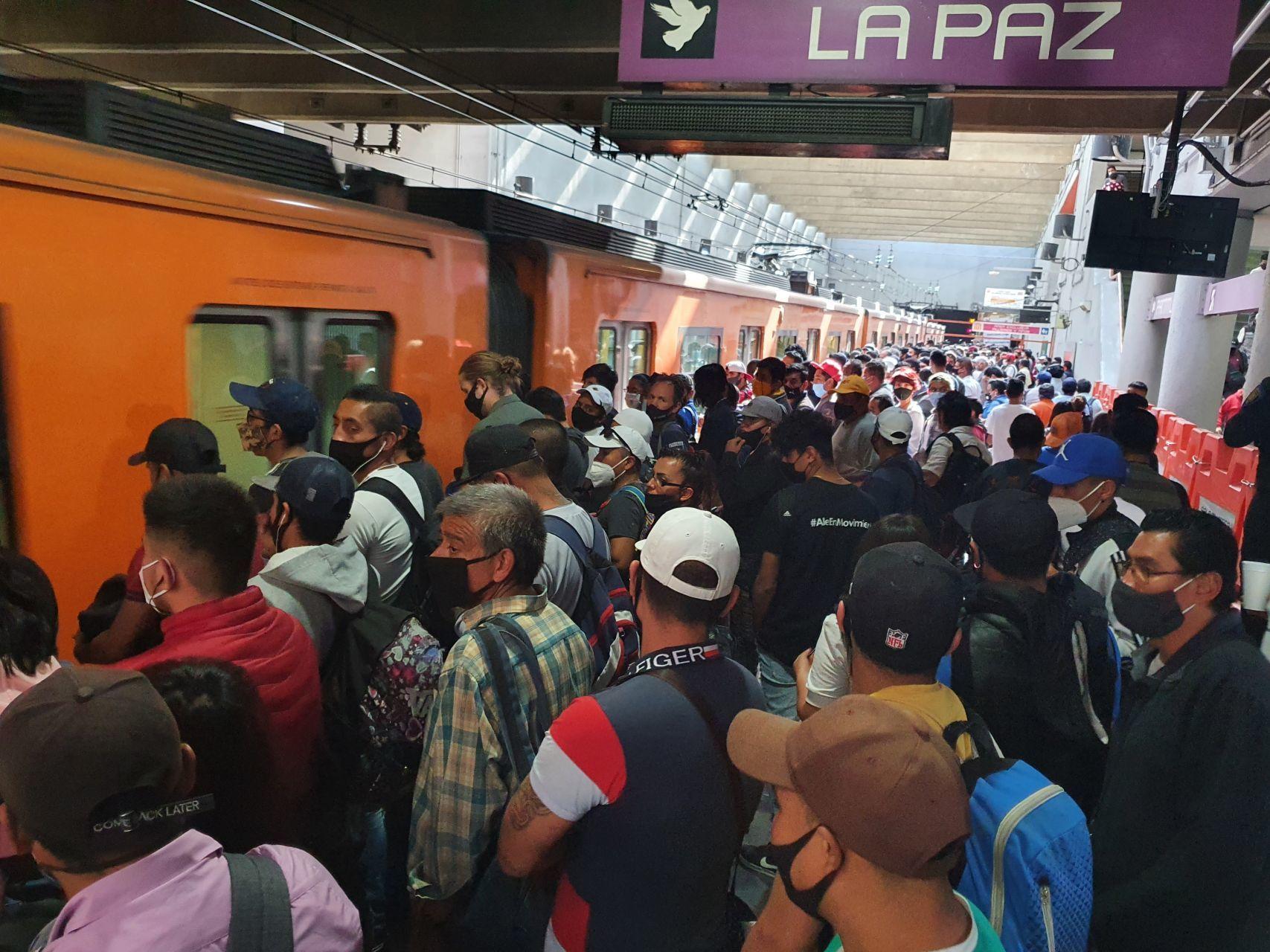 Trabajadores del Metro piden entrar en la primera etapa de vacunación contra COVID-19