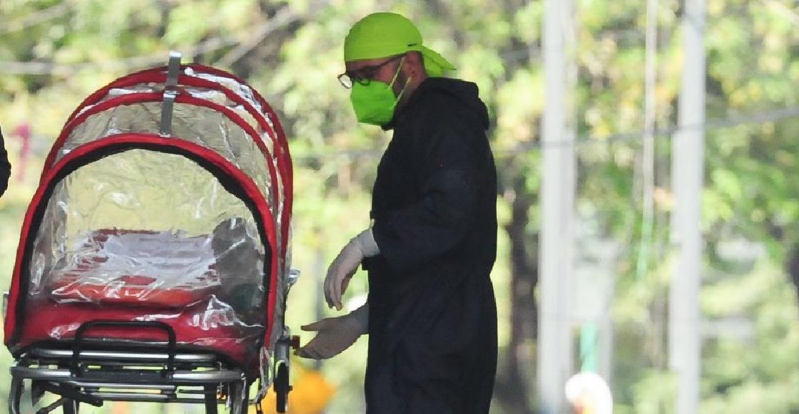 Vecinos echan de casa a camillero del IMSS contagiado de COVID entre insultos y amenazas