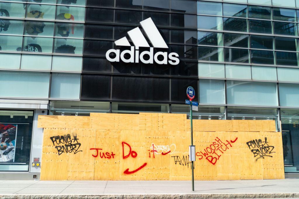 ¿Cómo se beneficiarán Nike y Adidas tras la llegada de Joe Biden a la presidencia de Estados Unidos?