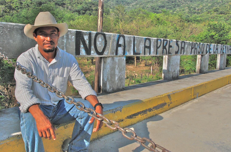 Fidel Heras defensor comunitario