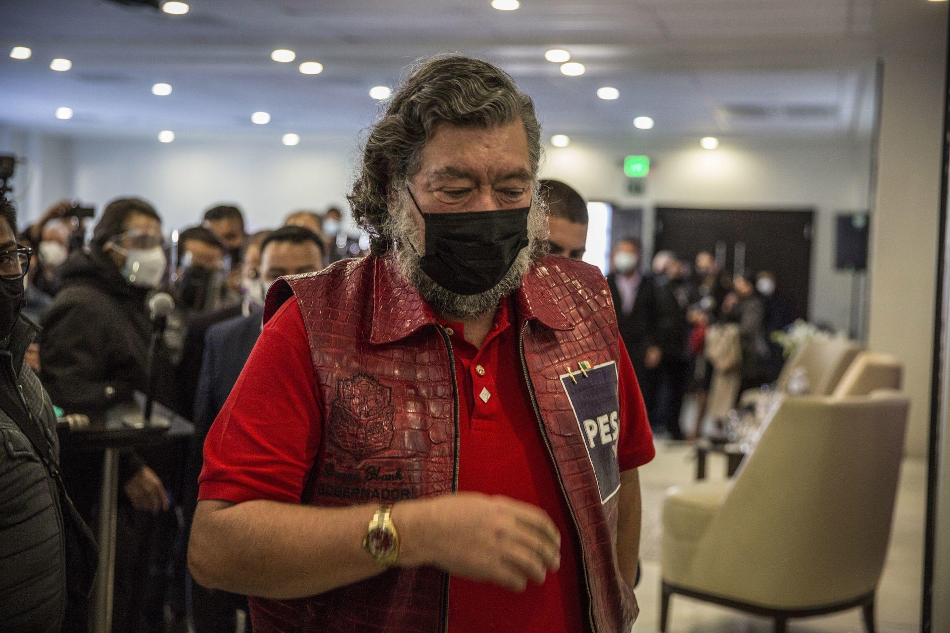 TIJUANA, BAJA CALIFORNIA, 26ENERO2021.- Jorge Hank Rhon se registró esta tarde se postuló como canditado a la gobernatura de Baja California por el Partido Encuentro Social (PES).