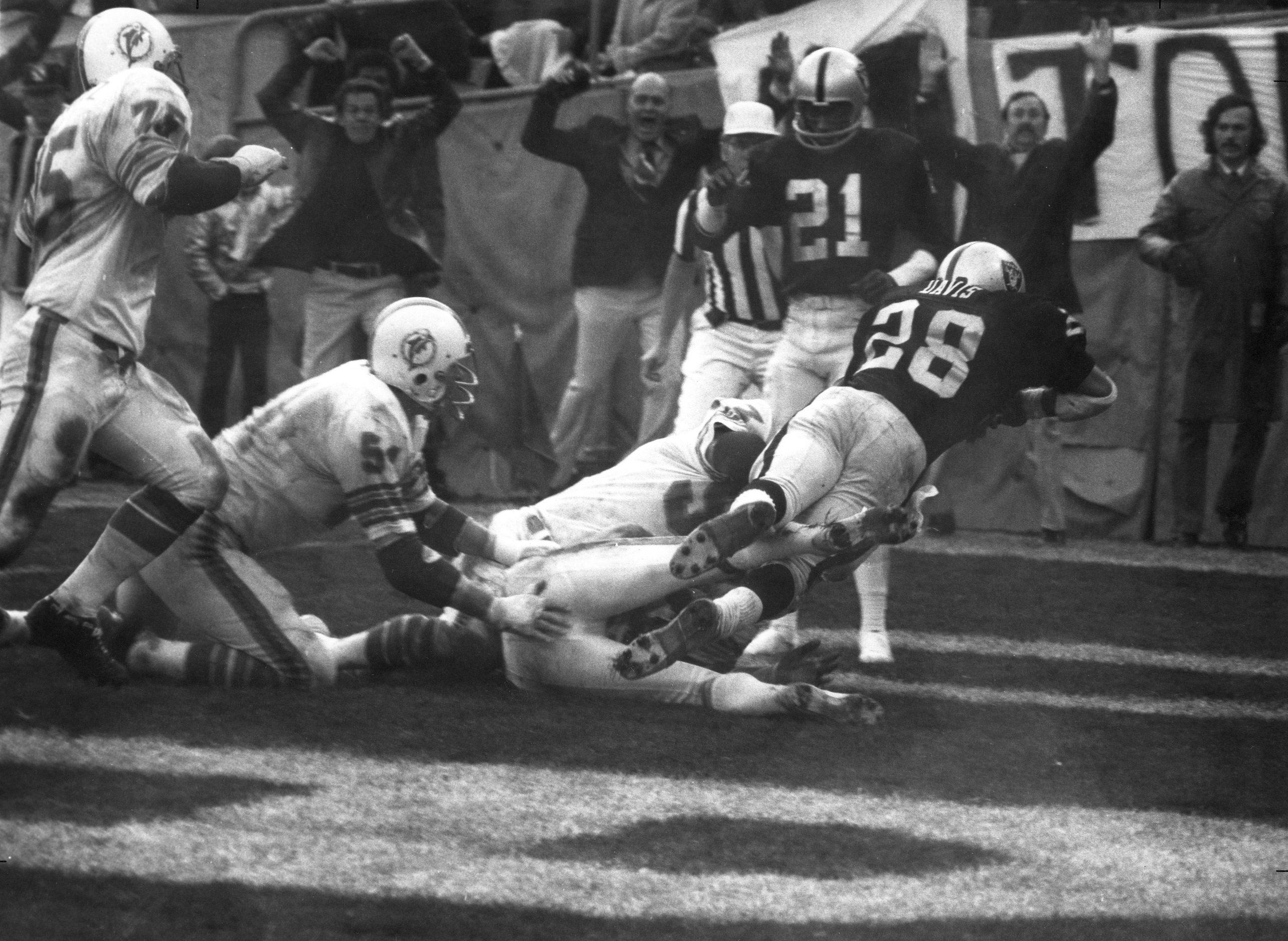 Raiders vs Dolphins Postemporada 1974
