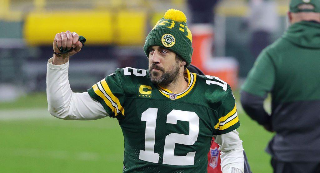 ¡Tranquilos todos! Aaron Rodgers se queda con los Green Bay Packers