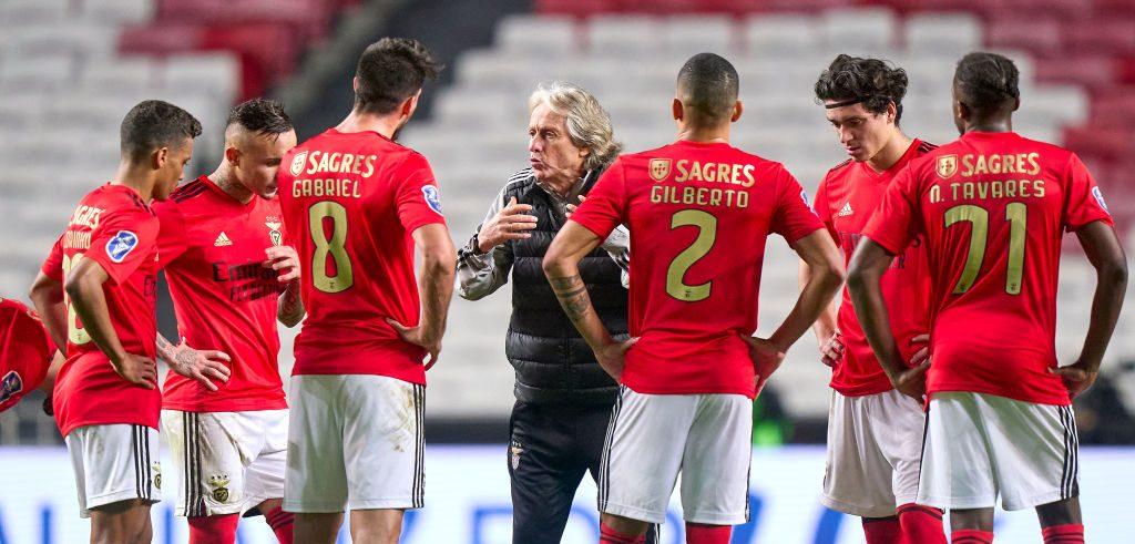Achis achis: Benfica no aplaza sus partidos a pesar de tener un fuerte brote de COVID-19