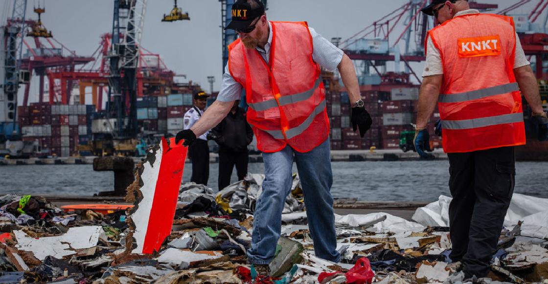 Reportan la caída de un avión con 62 pasajeros en mar de Indonesia