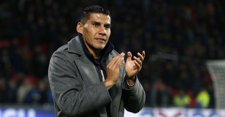 Carlos Salcido deja huérfana a lo que queda de la Liga del Balompié Mexicano
