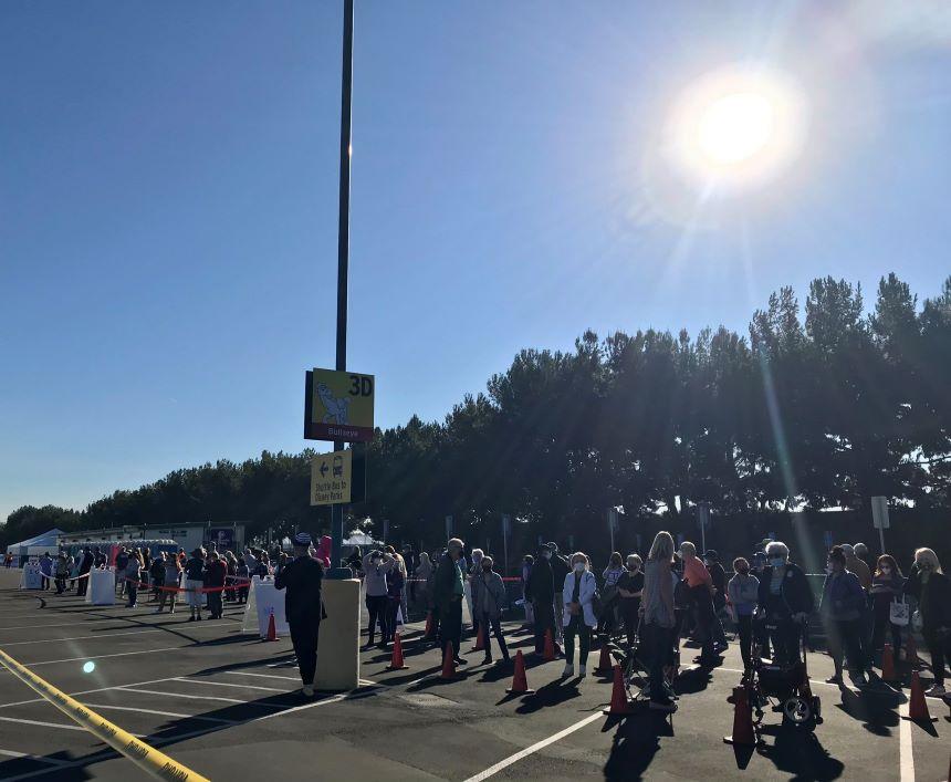 Disneyland Anaheim: De parque de diversiones a centro de vacunación masiva