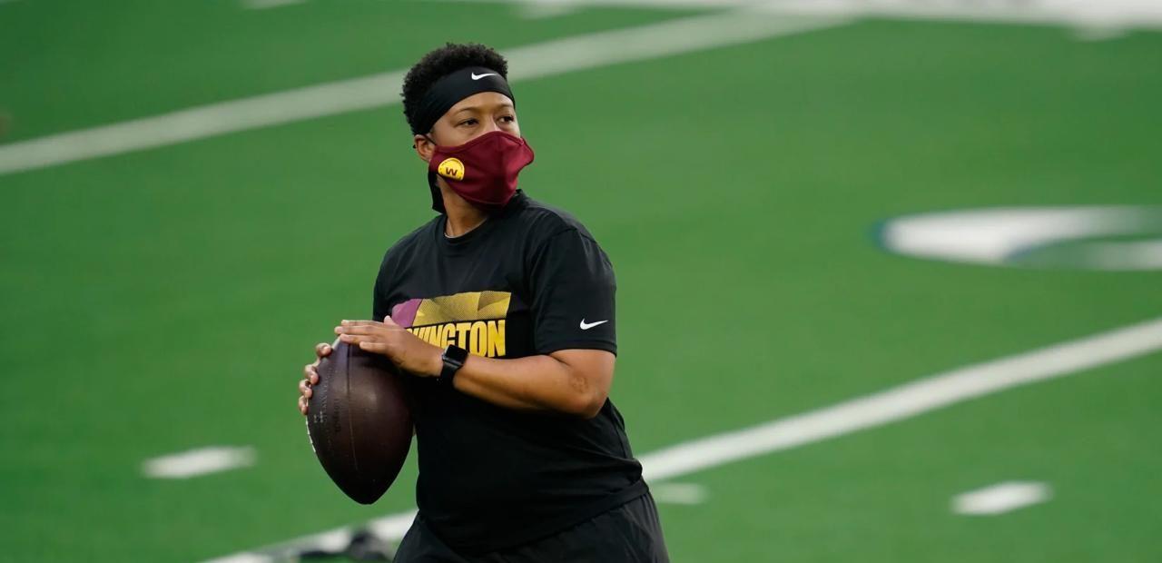 ¿Quién es Jennifer King, la primera entrenadora afroamericana en la NFL?