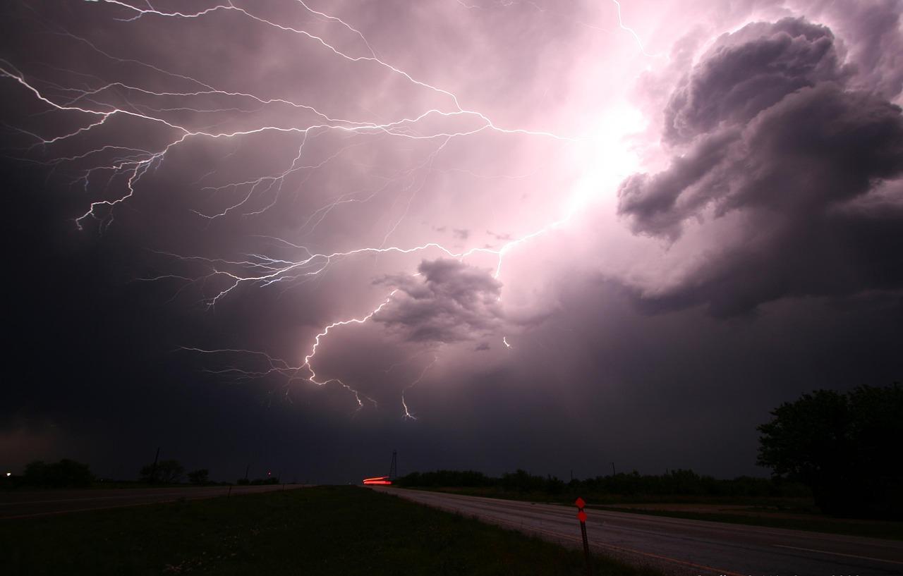 rayo-tormenta-electrica