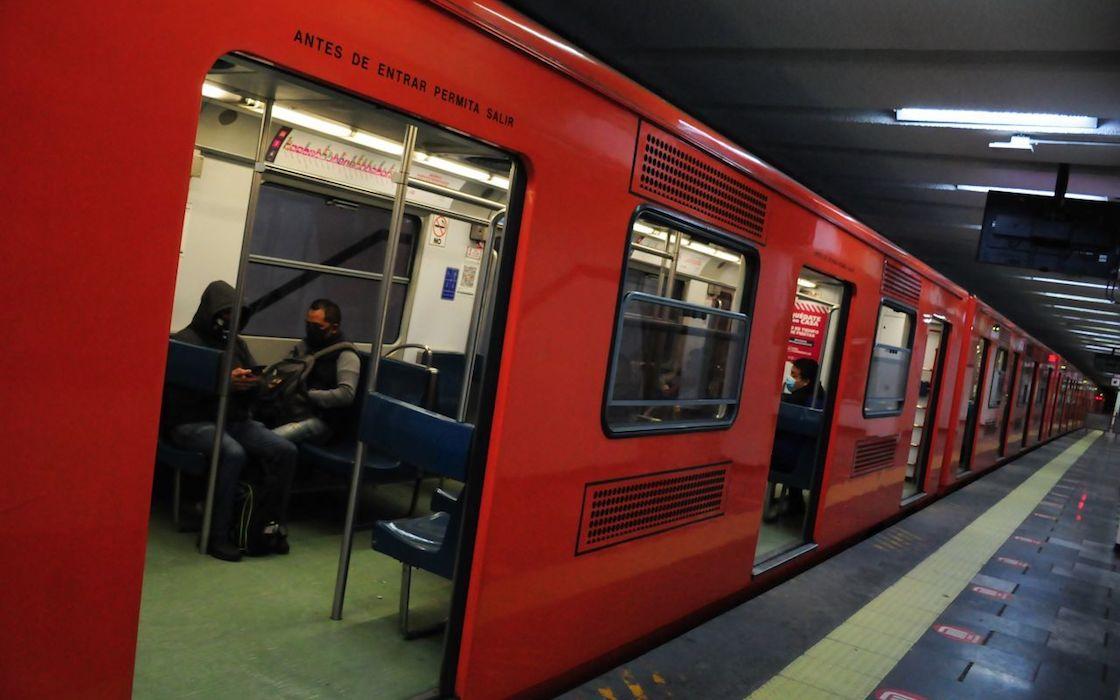 tres-estaciones-linea-9-metro-mantenimiento