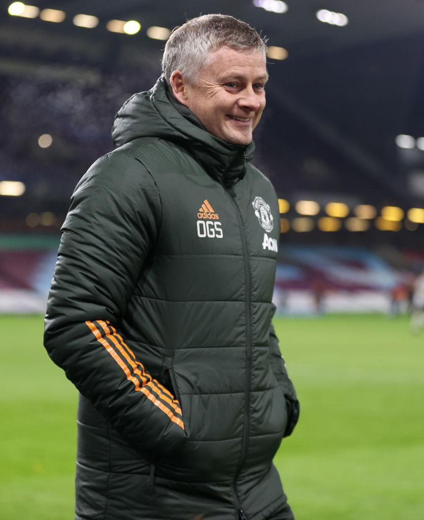 ¿En qué momento y por qué Manchester United se convirtió en líder de la Premier League?