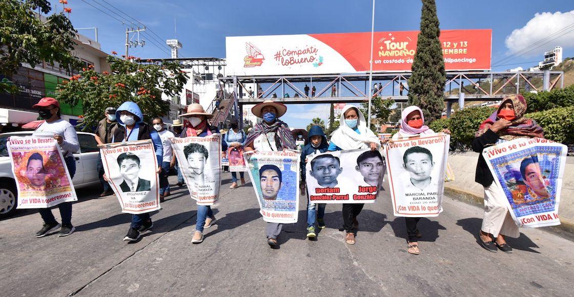 protesta-43-estudiantes-ayotzinapa