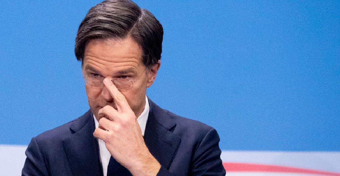 Renuncia todo el gobierno de Holanda por llevar a la quiebra a miles de familias