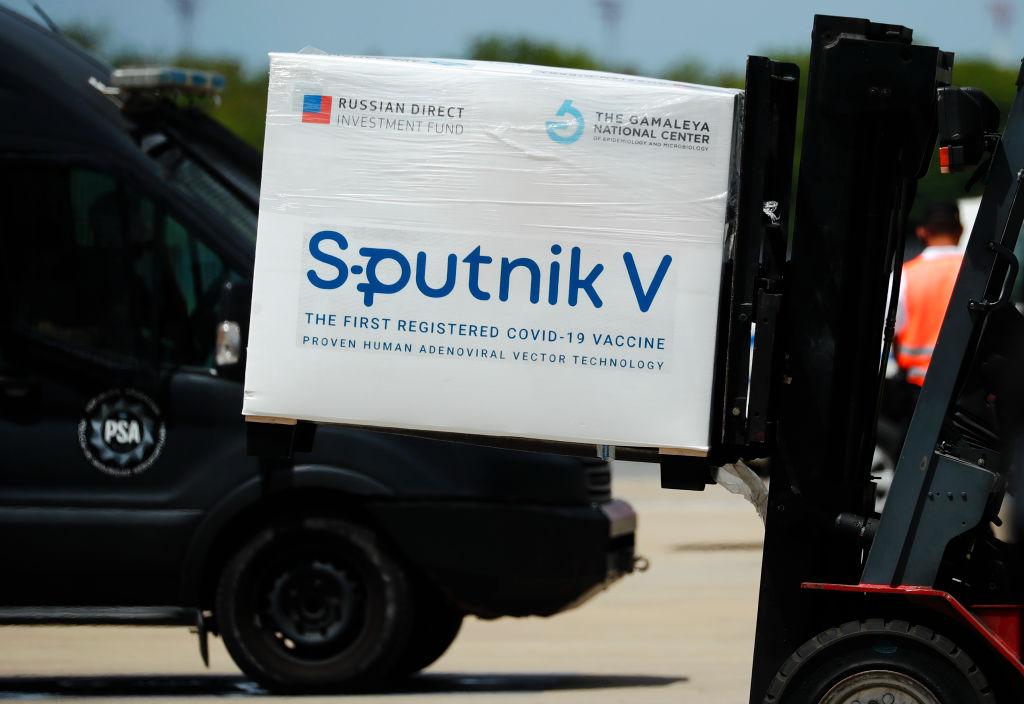 Niegan en Rusia que un empresario mexicano haya comprado 2 millones de vacunas Sputnik V