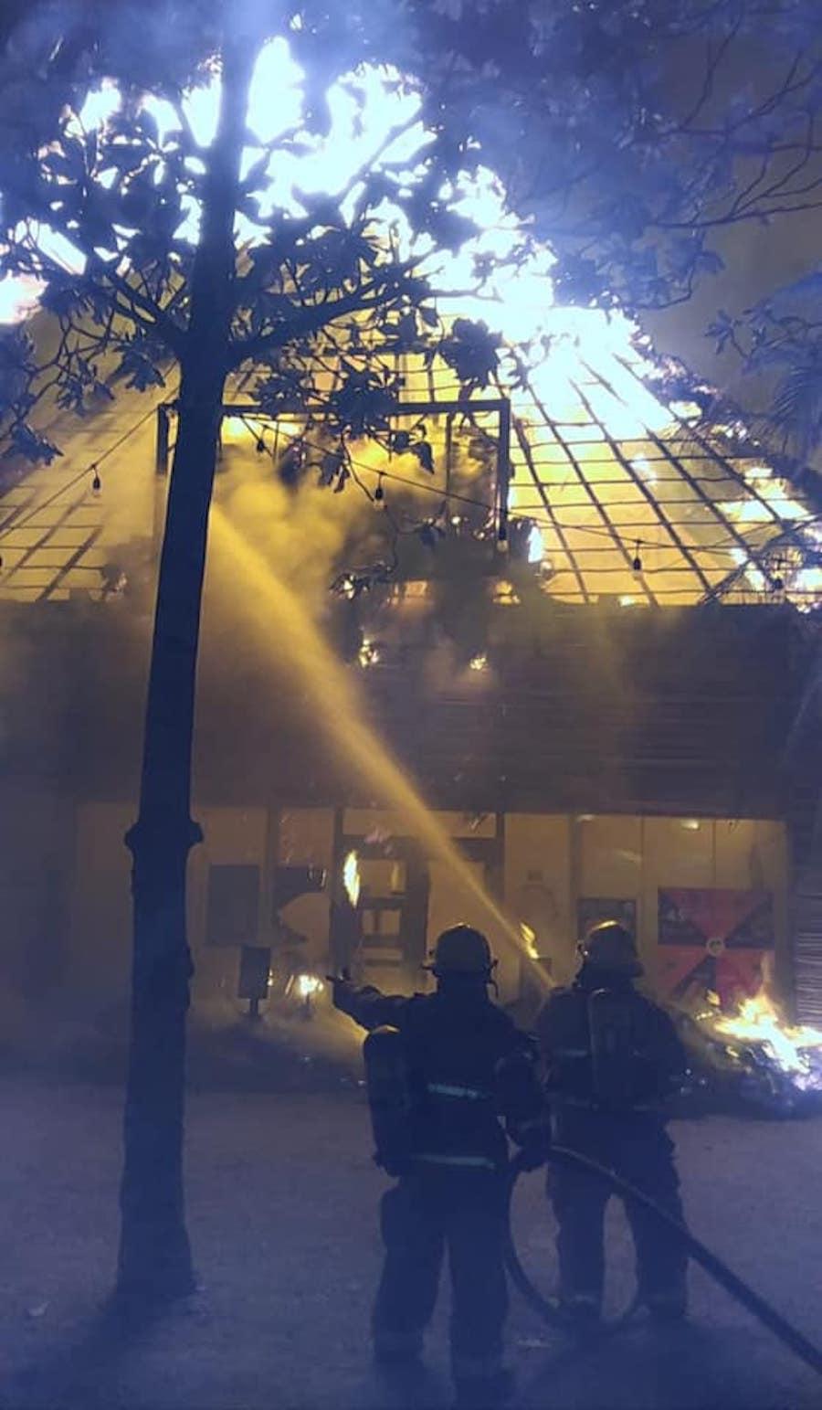 tulum-incendio-quintana-roo-comercios