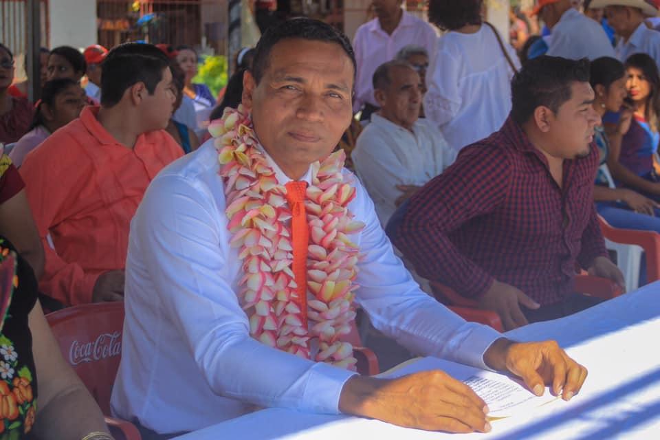 Leobardo Ramos edil Chahuites 3