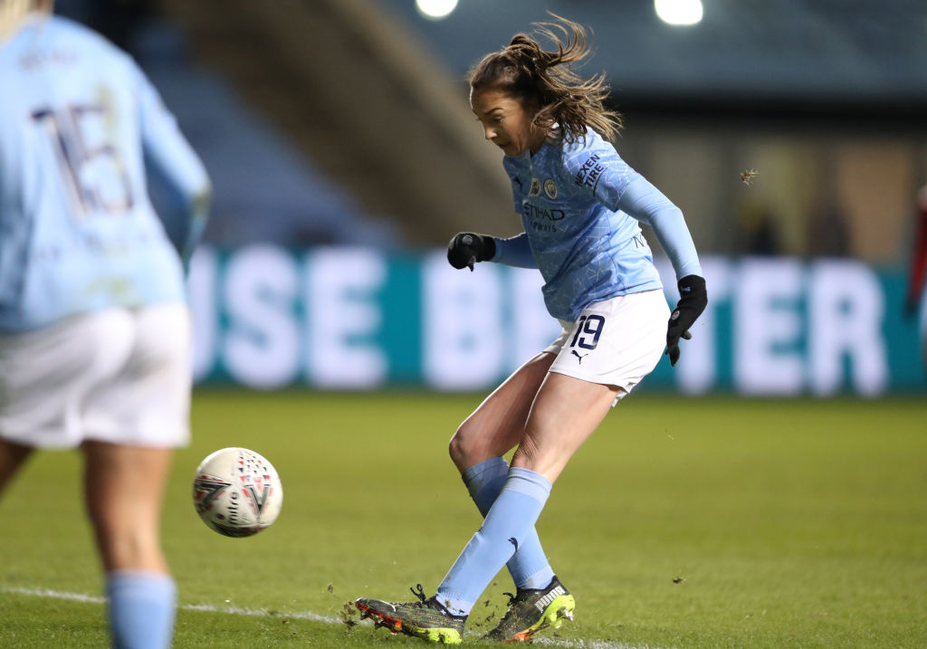 ¡Definición de lujo! Revive el golazo de Caroline Weir que sentenció el derby de Manchester