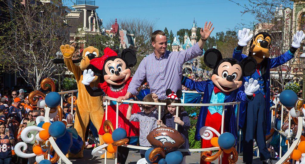 La historia detrás de la visita del MVP del Super Bowl a Disney World