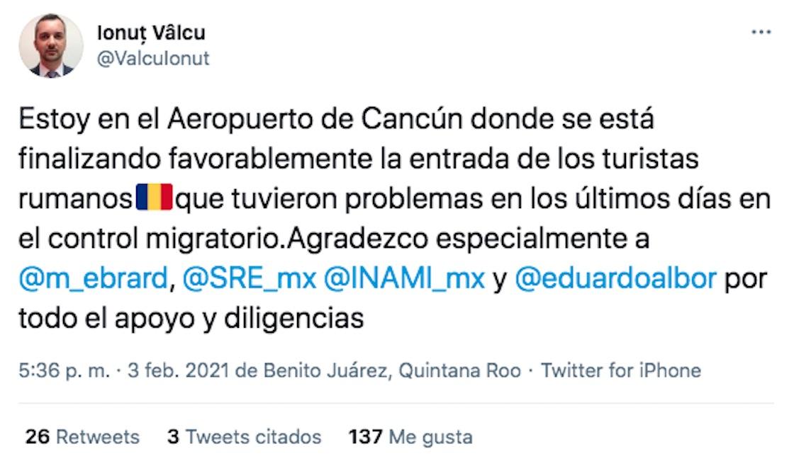 rumanos-retenidos-aeropuerto-cancun
